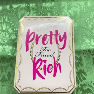 Too Faced Pretty Rich Eyeshadow Palette